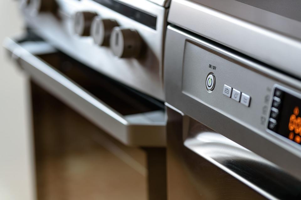 modern-kitchen-1772638_960_720